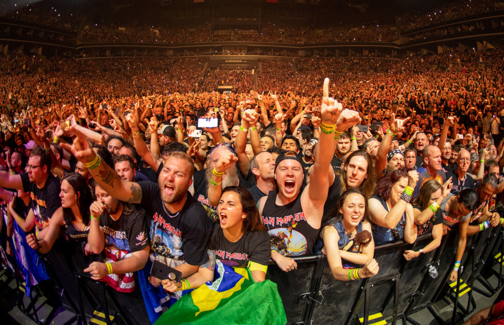 IRON MAIDEN 2019 BROOKLYN NY - Photo by JOHN McMURTRIE