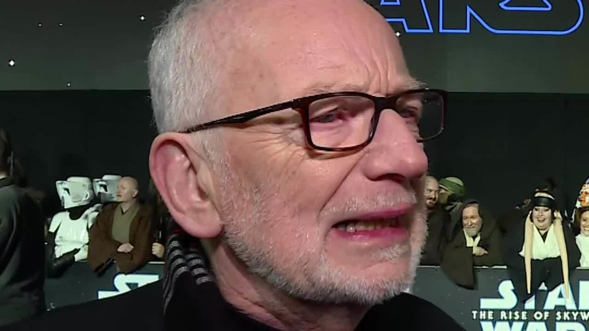 Stars 'geek out' over StarWars