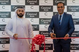 C Central Resort the Palm celebrates grand opening