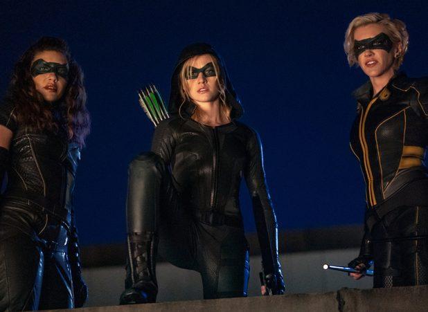 Arrow Episode 8.09 Photos: Meet the Green Arrow and the Canaries