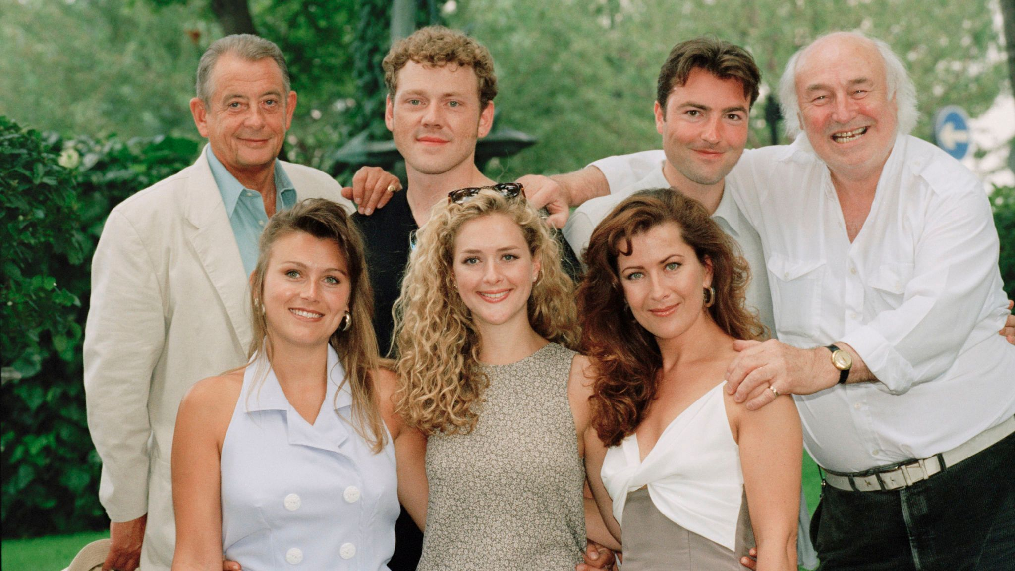Fowlds (back left) with the cast of Heartbeat