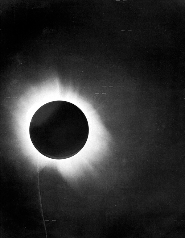P-1919-eclipse