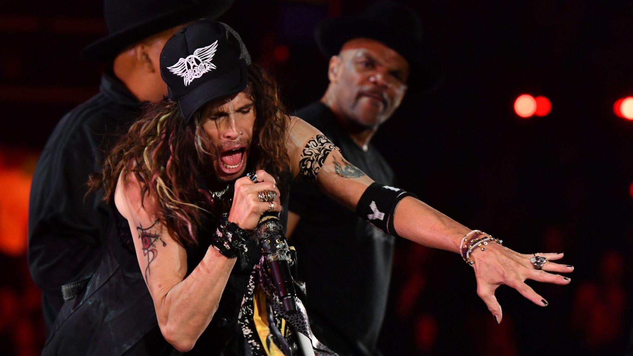Aerosmith and Run DMC reunited to perform Walk This Way at the Grammys 2020