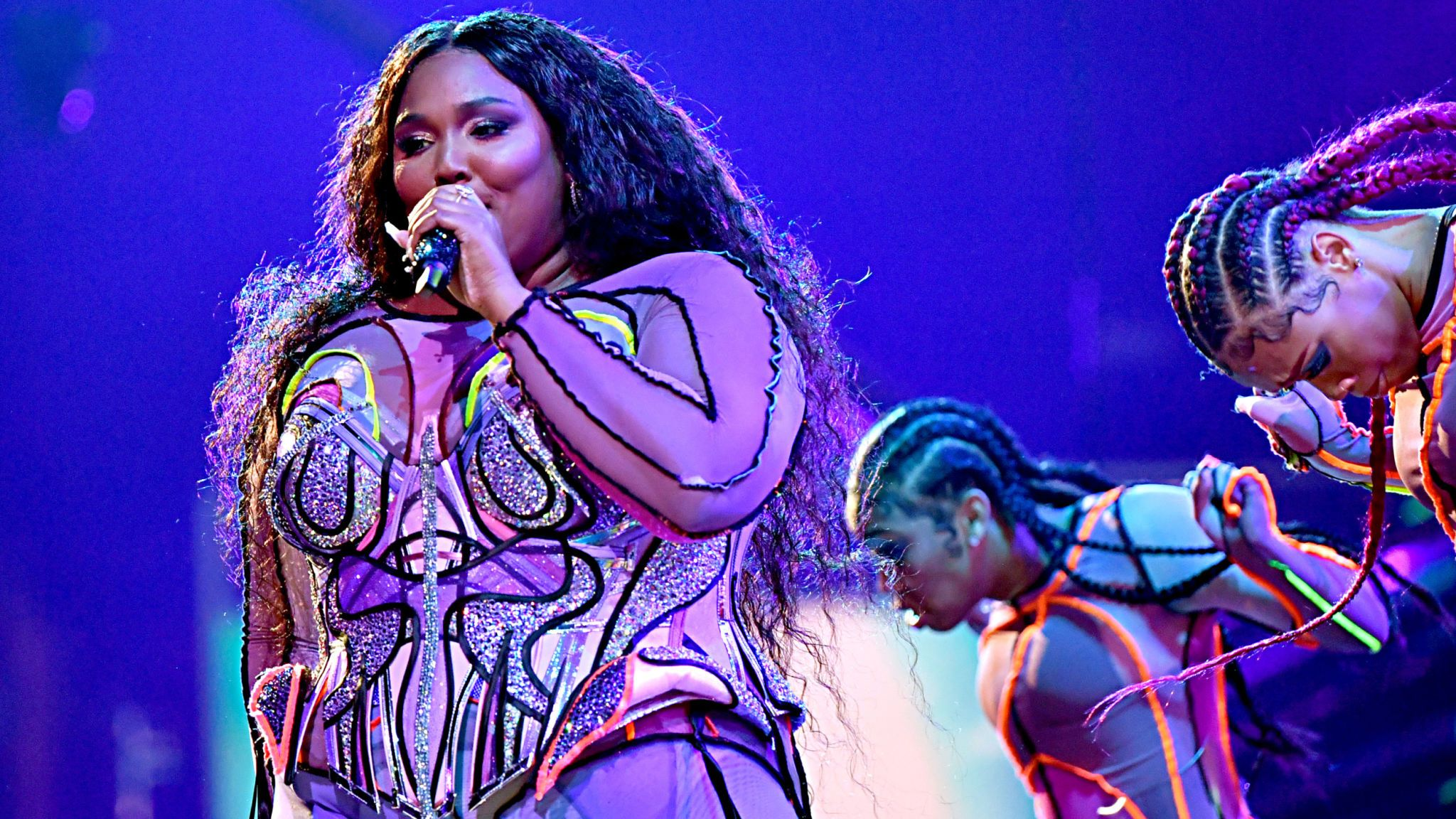 Lizzo performs at the Grammys 2020