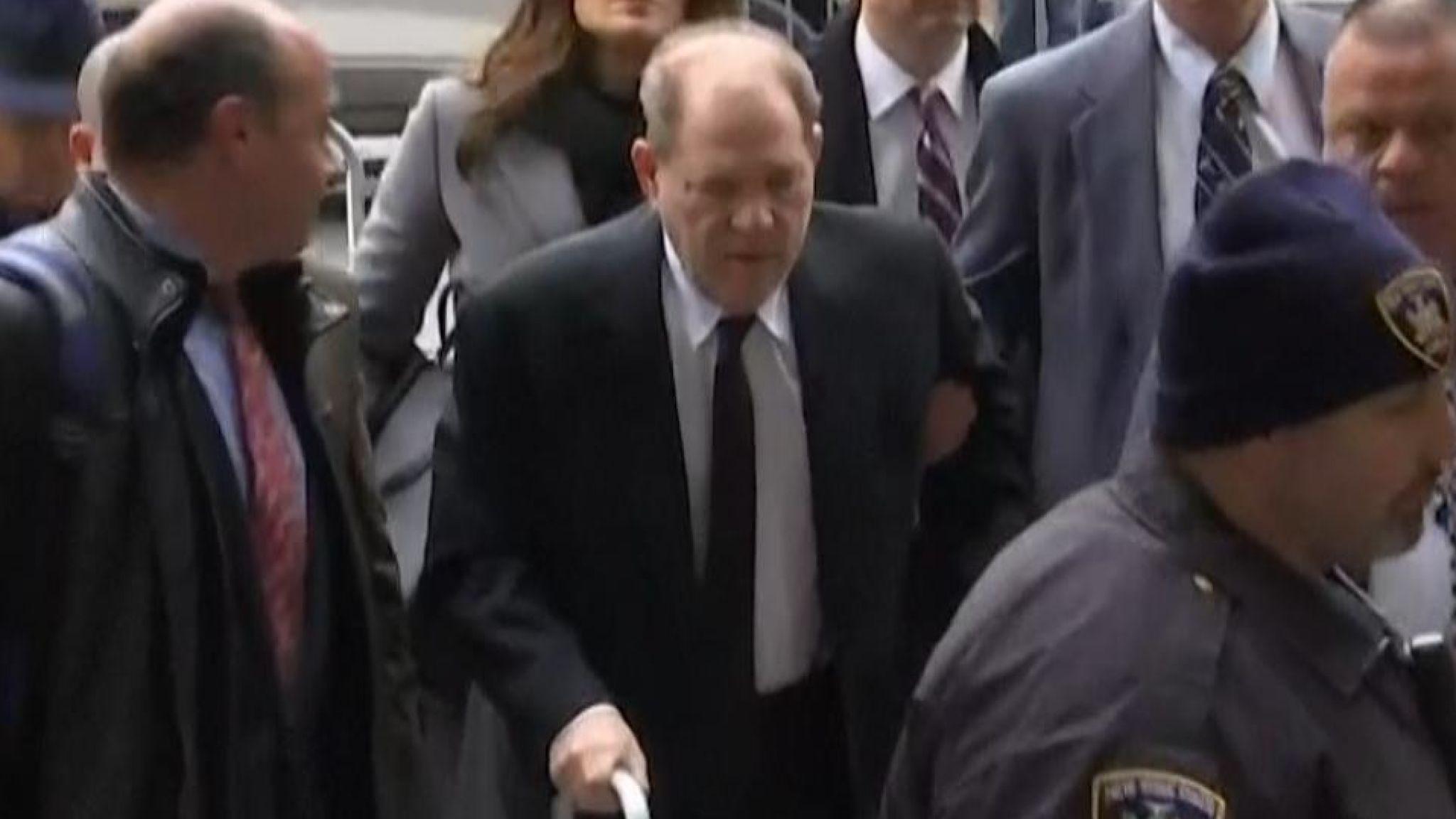 Harvey Weinstein arrives at court in New York