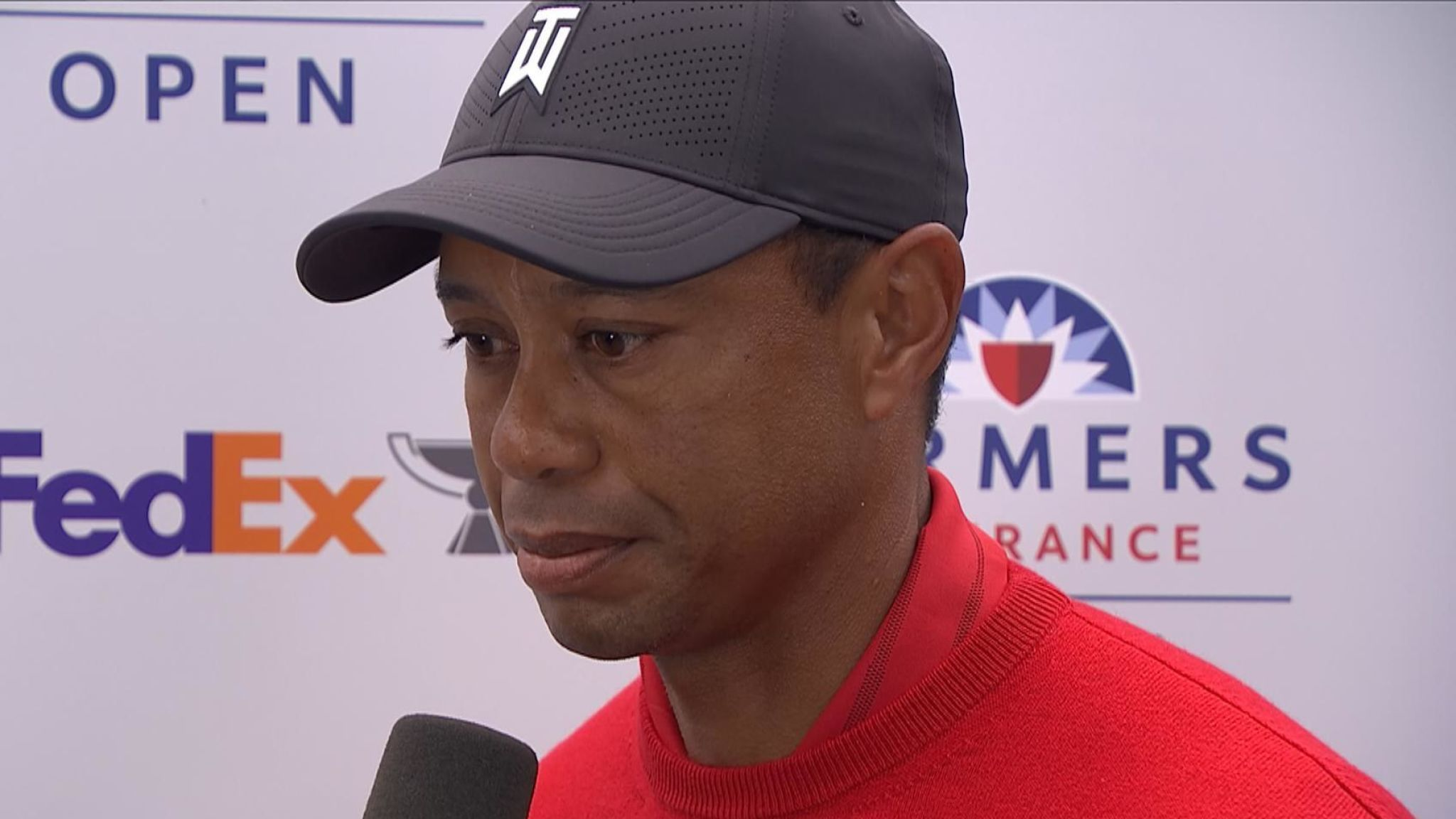 Professional golfer Tiger Woods gets news of Kobe Bryant's death five minutes before an interview.