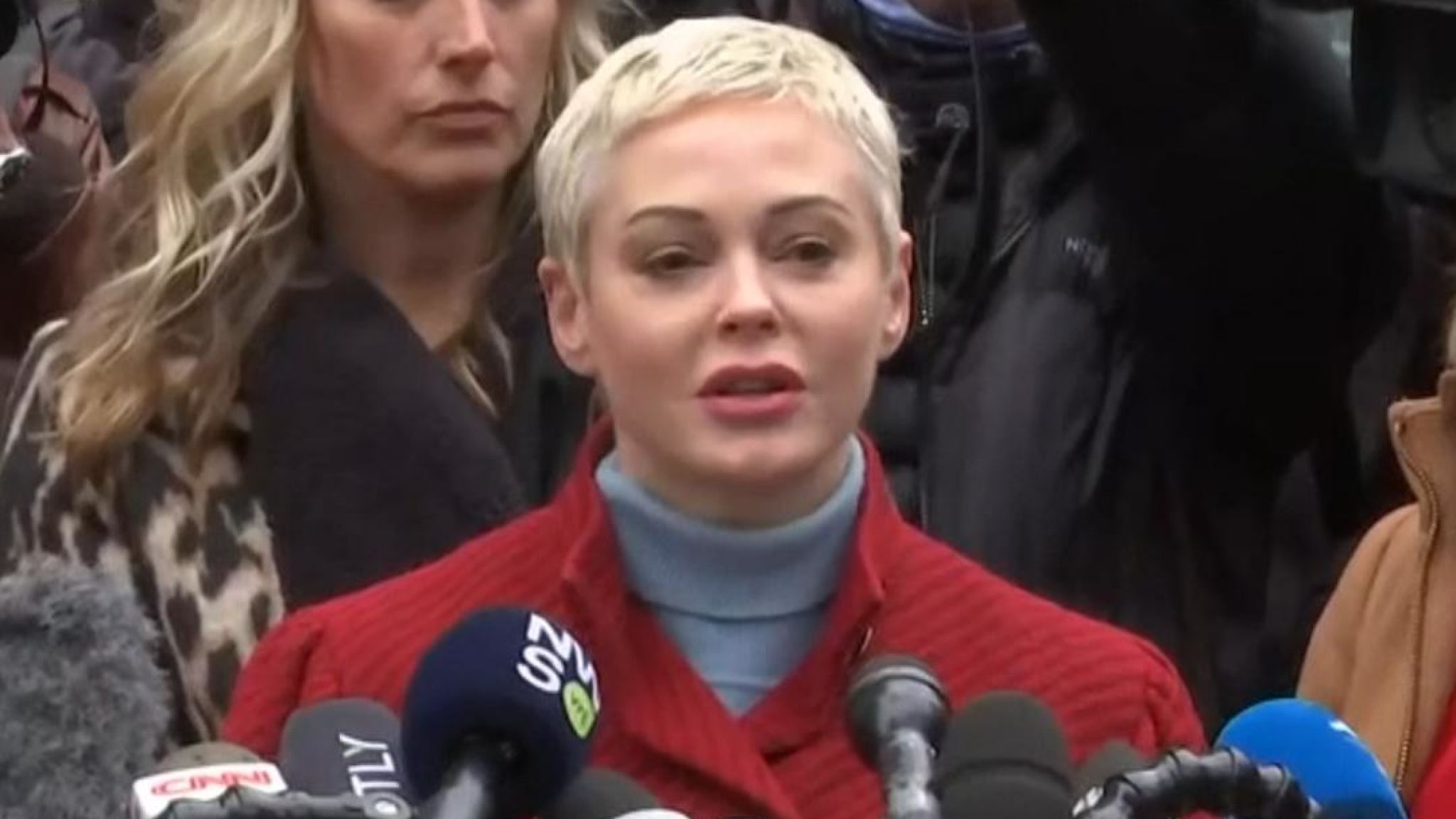 Rose McGowan delivered an open message to Harvey Weinstein outside court