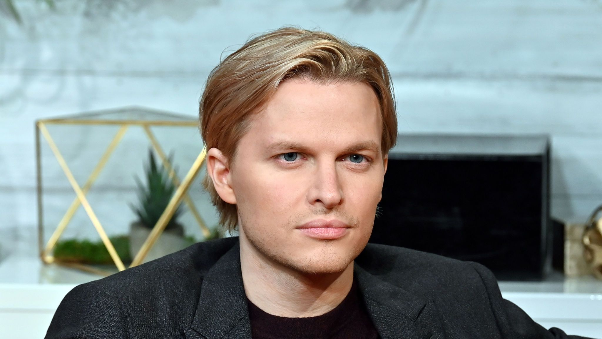 """NEW YORK, NY - OCTOBER 15: (EXCLUSIVE COVERAGE) Pulitzer Prize-winning investigative journalist Ronan Farrow visits BuzzFeed's """"AM To DM"""" to discuss his book """"Catch And Kill"""" on October 15, 2019 in New York City. (Photo by Slaven Vlasic/Getty Images)"""