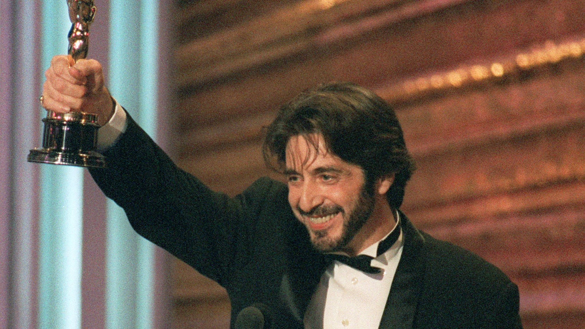 Al Pacino holds up his Oscar during the 65th Annual Academy Awards ceremony 29 March 1993 after being presented the Best Actor award for his performance in Martin Brest's 'Scent of a Woman'