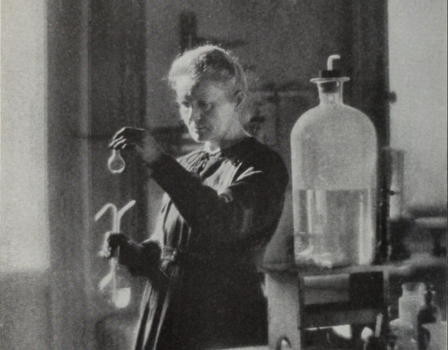 Marie curie in the lab - public domain