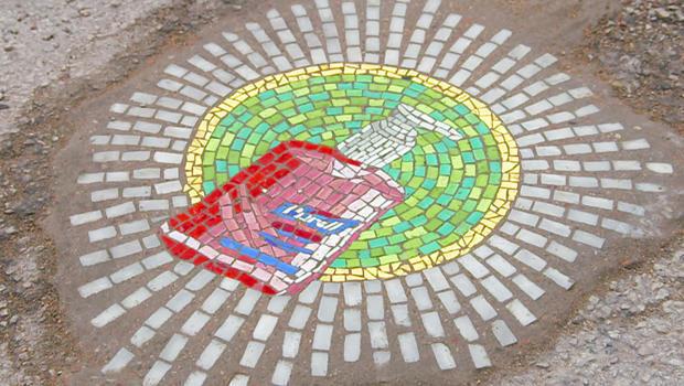 jim-bachor-pothole-mosaic-purell-620.jpg