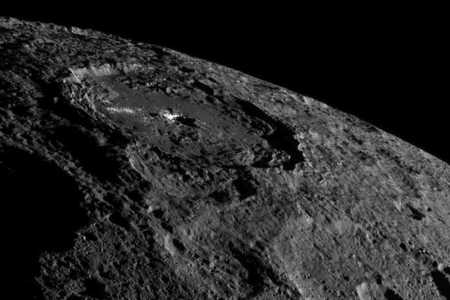 dawn at ceres occator crater