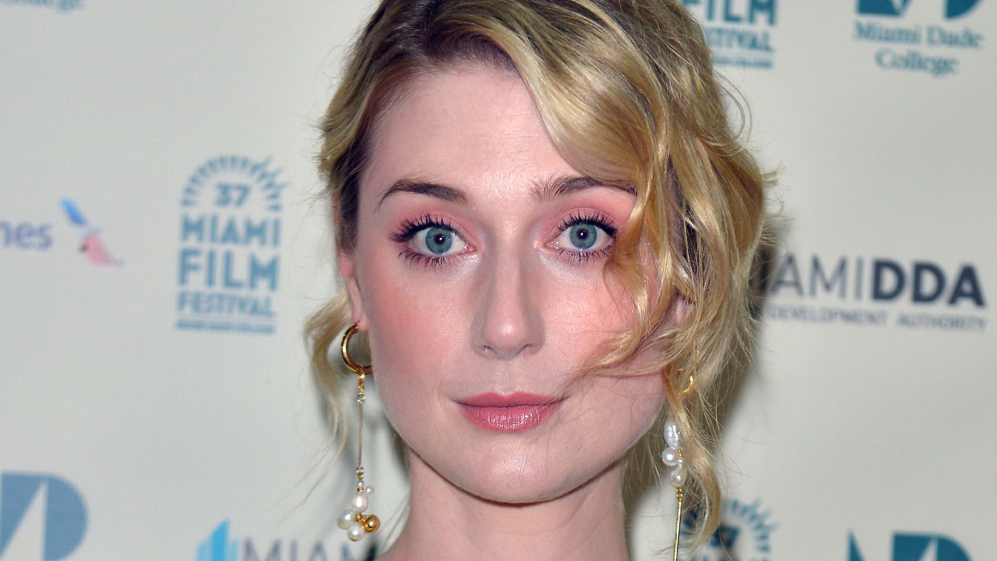 Elizabeth Debicki will play Princess Diana in the final series of The Crown