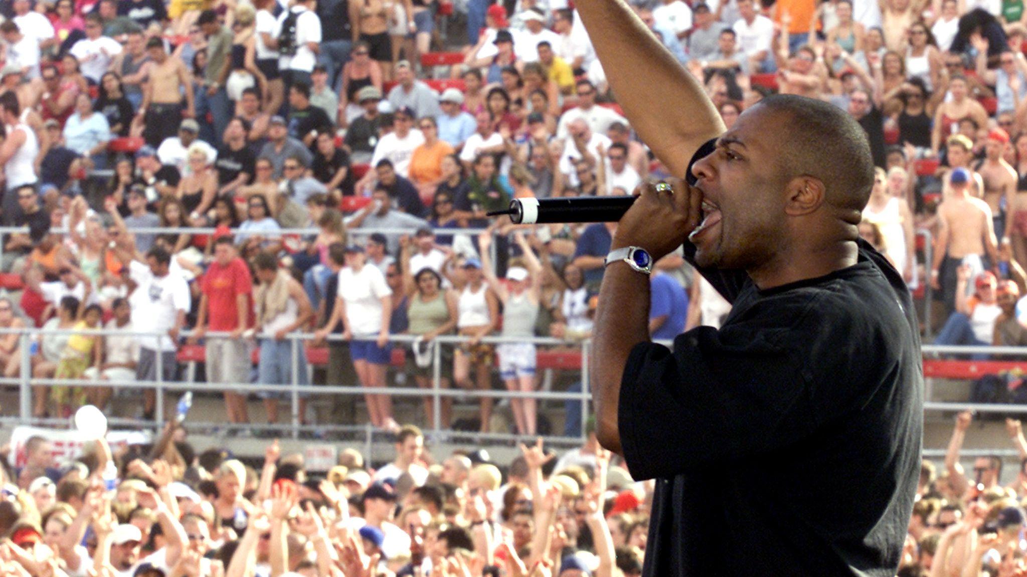 DJ Jam Master Jay performs in Las Vegas in 2001