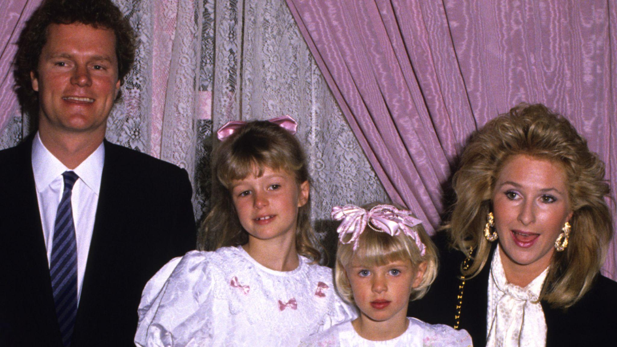 Rick Hilton, Paris Hilton, Nicky Hilton, and Kathy Hilton in 1990