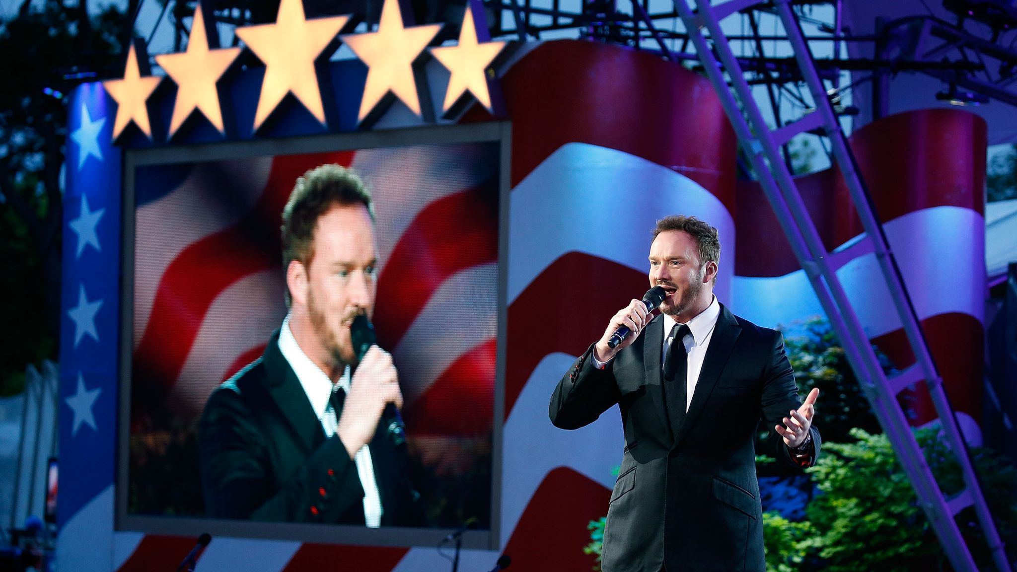 Singing at the National Memorial Day Concert in Washington in 2017