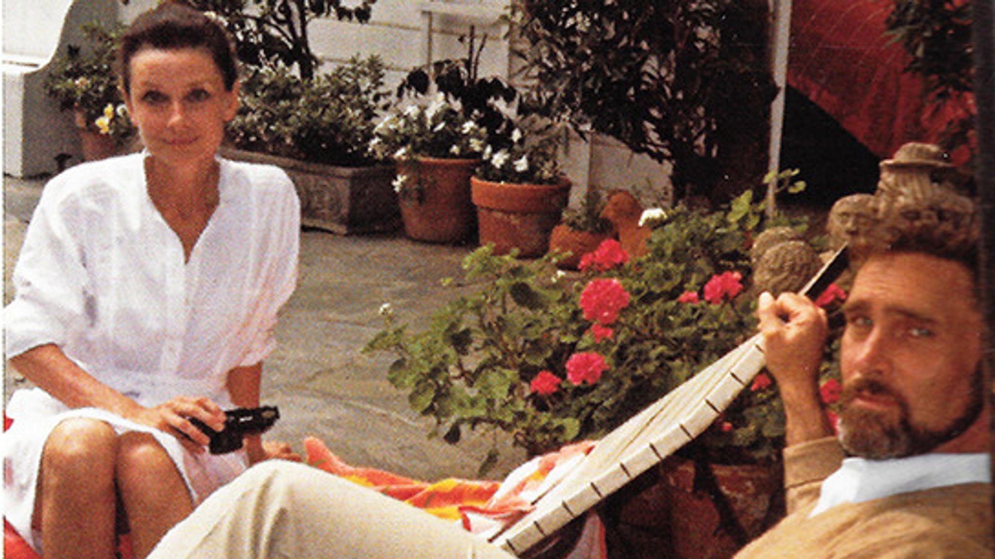 Audrey Hepburn, Robert Wolders. Pic: Connie Wald