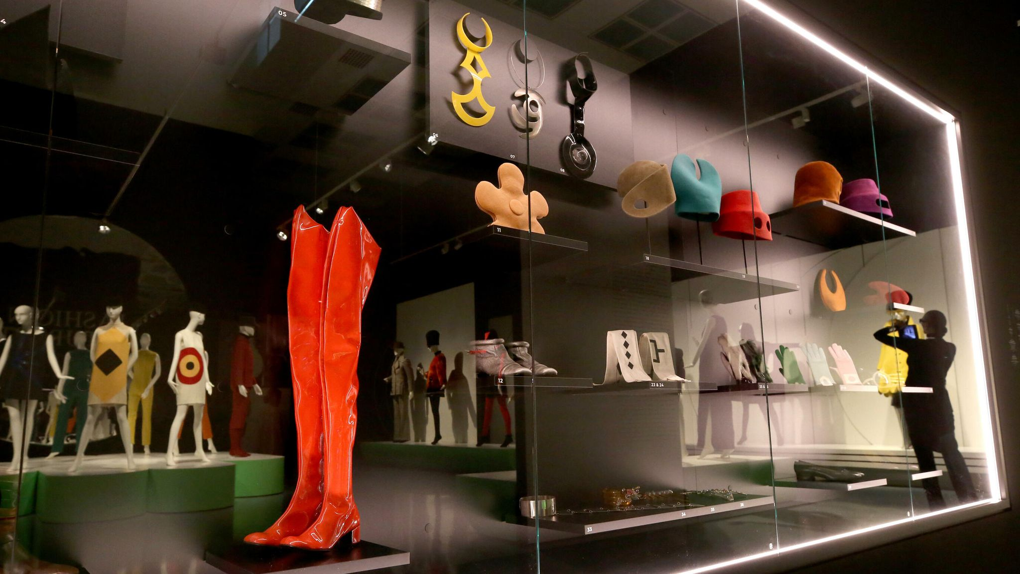 """Duesseldorf, Germany. 18th Sep, 2019. Pierre Cardin's accessories are on display in a showcase at the exhibition """"Pierre Cardin. Fashion Futurist"""". From 19.09.2019 to 05.02.2020 more than 80 pieces of clothing and accessories as well as photos and film material will be shown in the Kunstpalast. The focus is on the 1960s and 1970s with their avant-garde designs for women and men. Credit: Roland Weihrauch/dpa/Alamy Live News - Image ID: WXW9EC (RM)"""