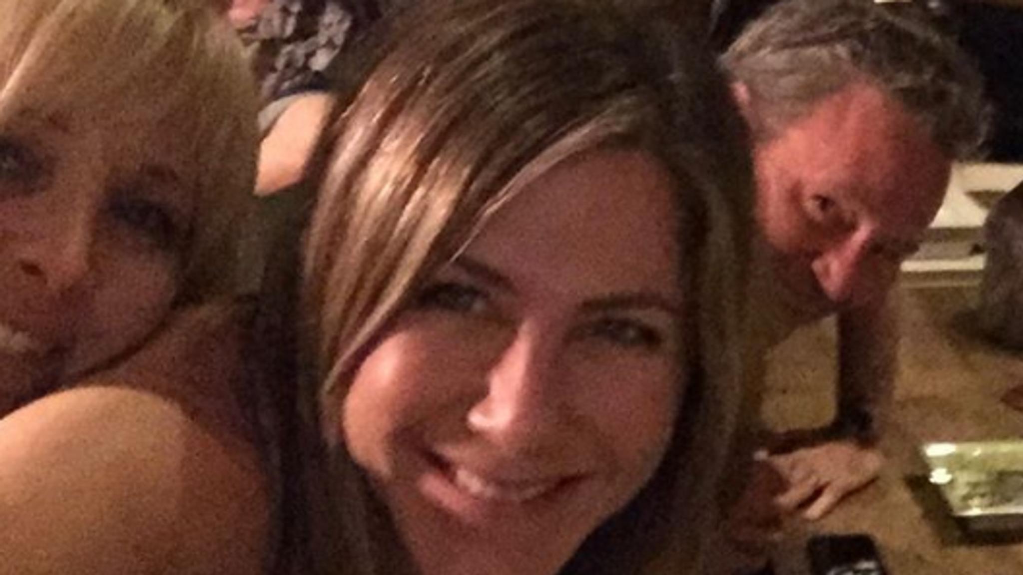 Jennifer Aniston's first post is with her friends co-stars. Pic: @jenniferaniston