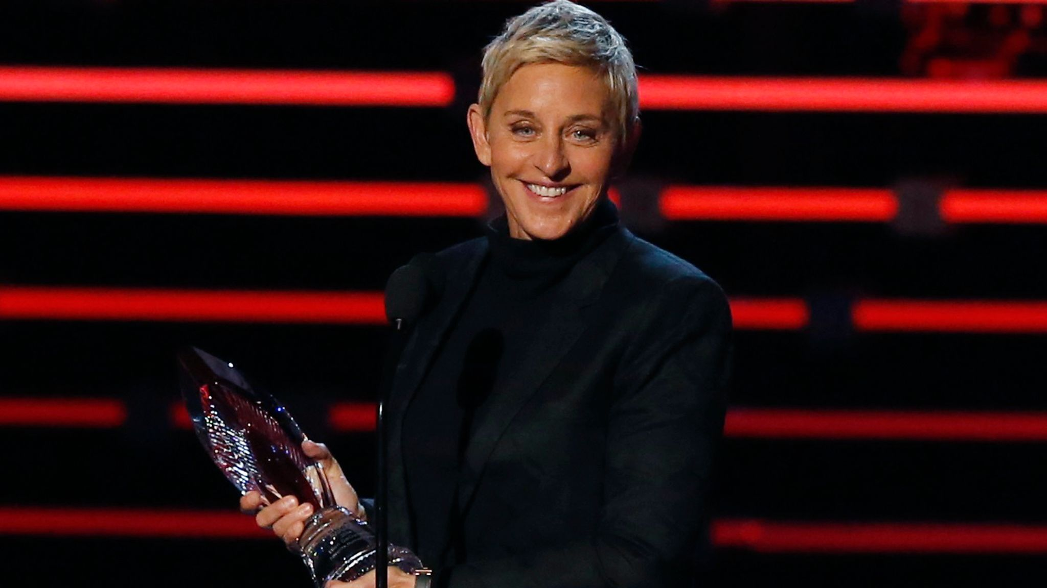 Ellen DeGeneres accepts the humanitarian award at the People's Choice Awards 2016 in Los Angeles, California January 6, 2016. REUTERS/Mario Anzuoni DOWNLOAD PICTURE Date: 07/01/2016 13:00 Dimensions: 2200 x 1688 Size: 1.2MB Edit Status: new Category: E Topic Codes: ENT US Fixture Identifier: TB3EC1709XAM4 Byline: Mario Anzuoni City: Los Angeles Country Name: UNITED STATES Country Code: USA OTR: LOA172 Credit: REUTERS Source: Reuters Caption Writer: HB Source News Feeds: Reuters Marketplace - RPA