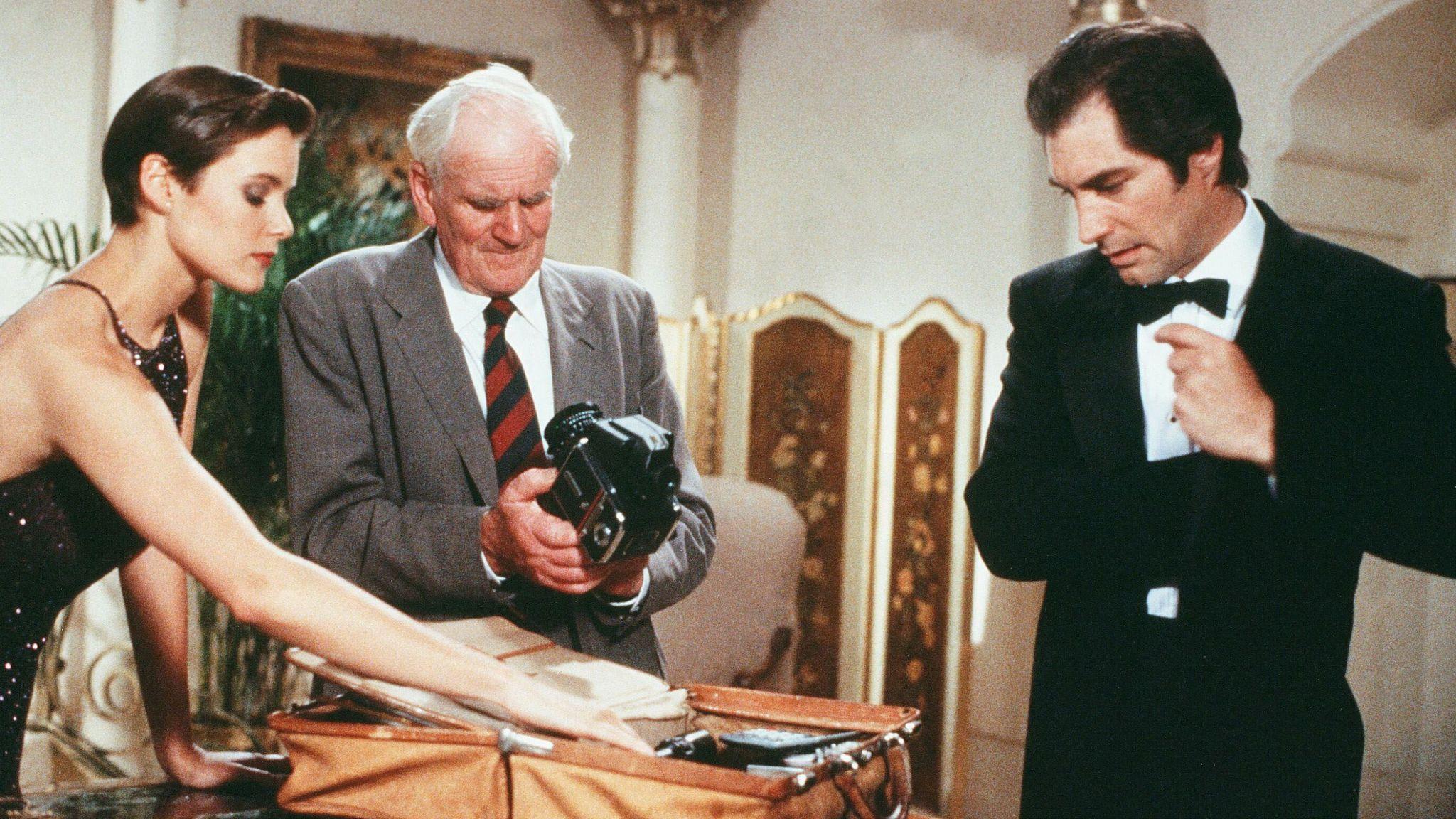 Licence To Kill - 1989 Carey Lowell, Desmond Llewelyn, Timothy Dalton